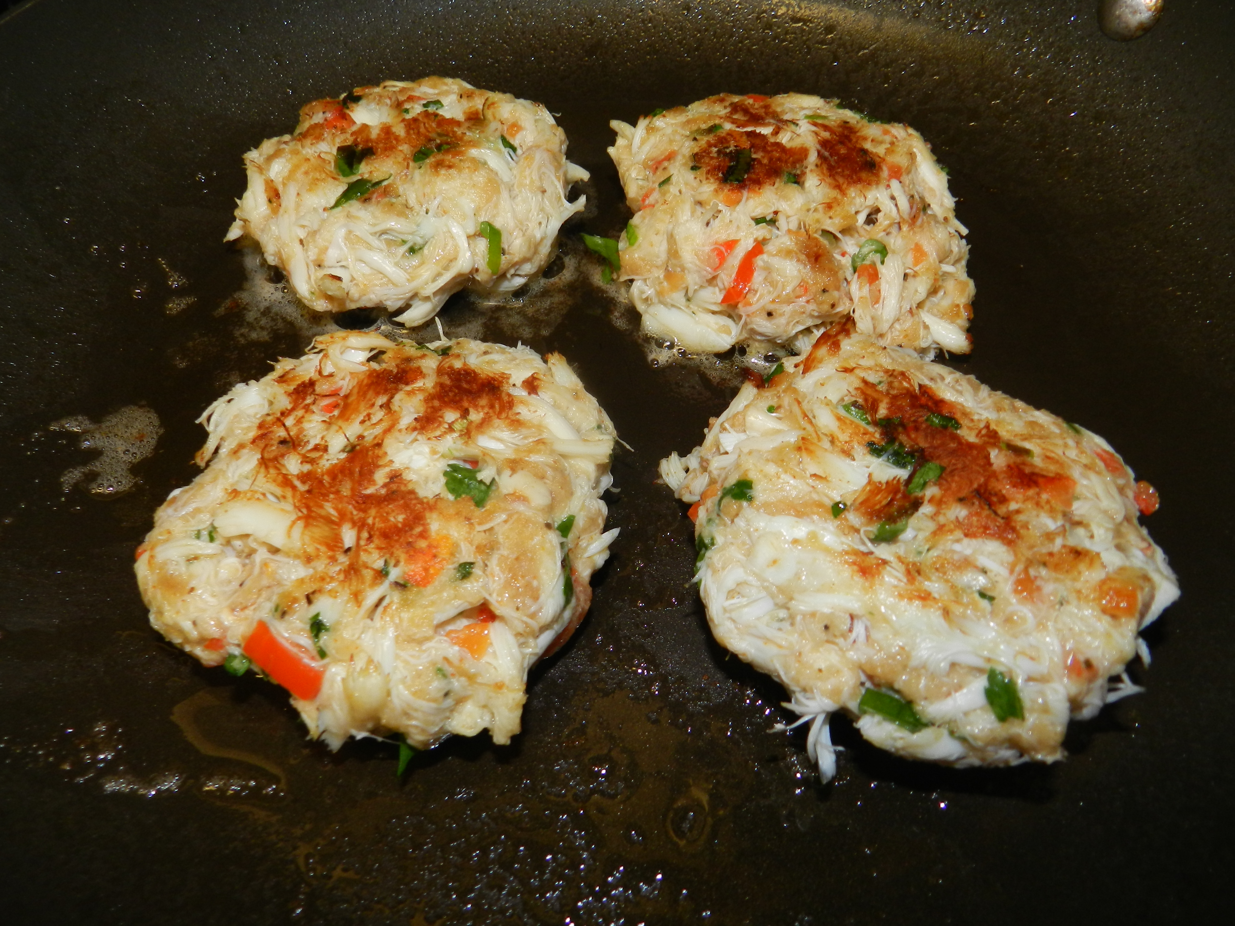 Delicious crab cakes made with non fat greek yogurt for Non fat cake recipes